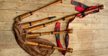 great-highland-bagpipe-tin-whistle