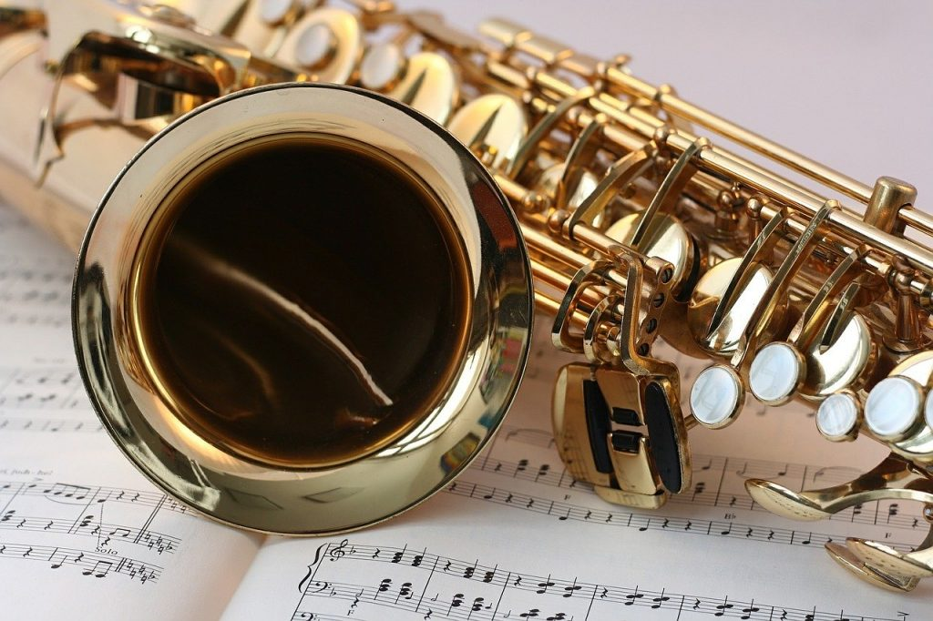 saxophone brands for beginners